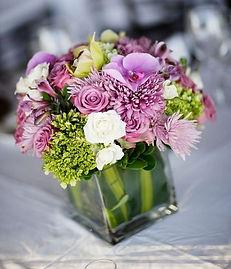 modern virágdekoráció