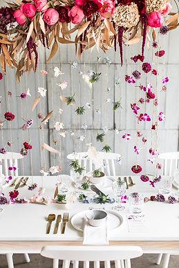 Minimalist-Wedding-Editorial-Boho-Touche