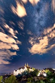 Voie lactée au-dessus du Château de Neuchâtel