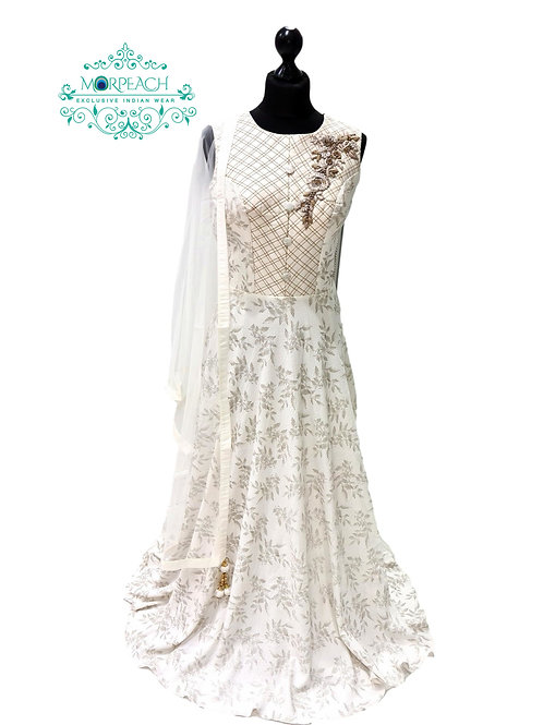 White And Grey Gown (Reg)