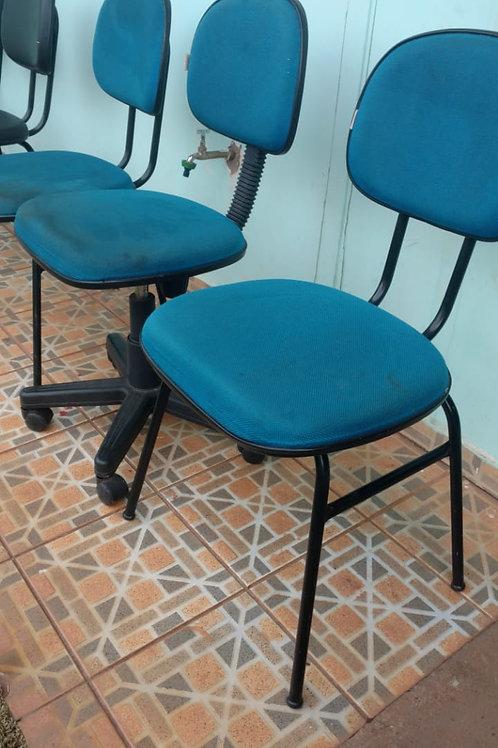 Lote c/ 03 Cadeiras Azuis