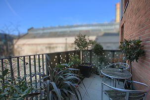 Balcony_1_Blur.jpg