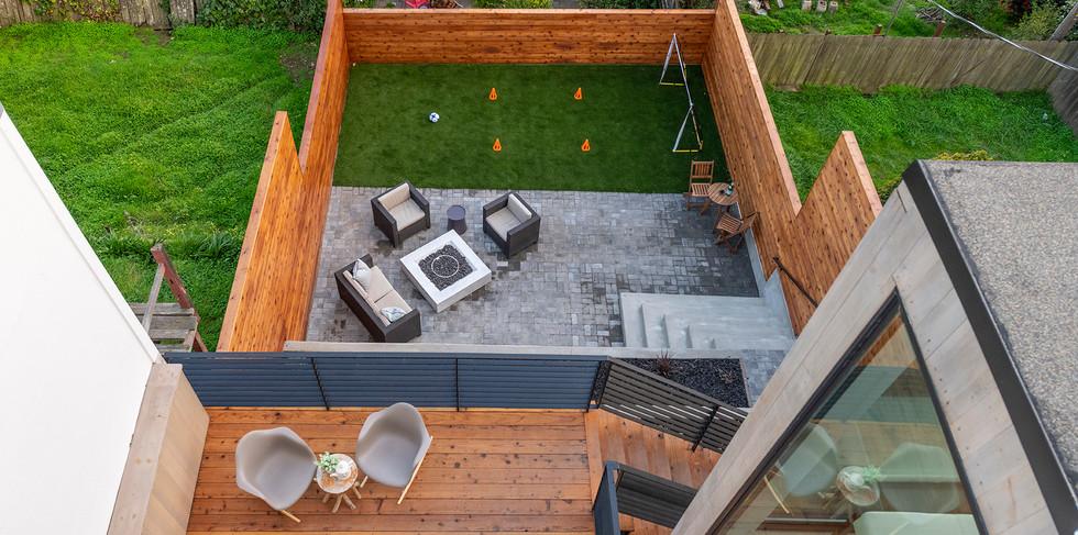 72_backyard.jpg