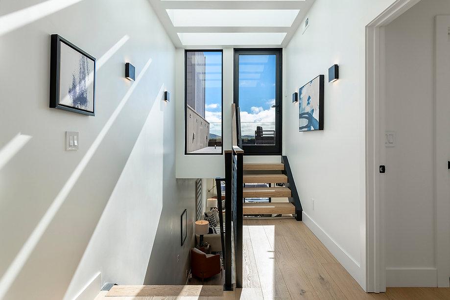 41_upstairs.jpg