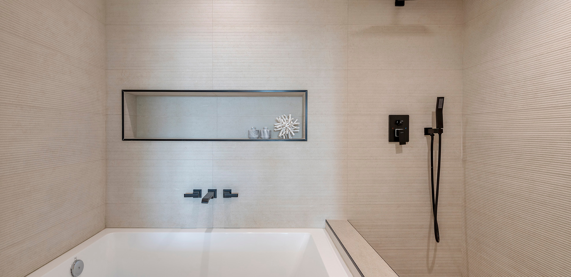 74_downstairs_master_bath.jpg
