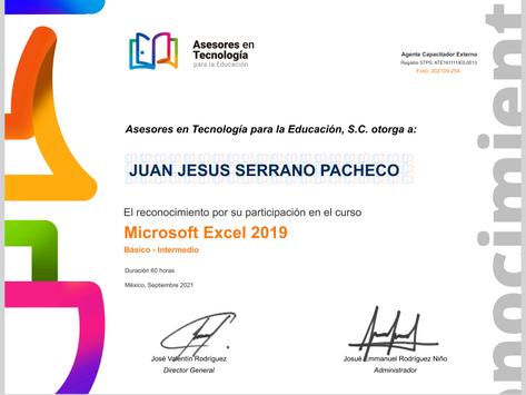 Alumnos obtienen su reconocimiento del Curso Excel 2019