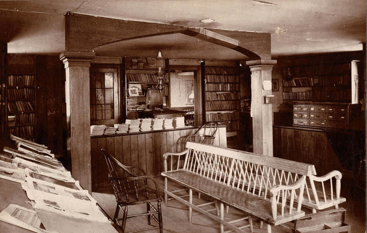 The early town library prior to 1904 was in a room over the Atsatt Bros. store on Water Street.