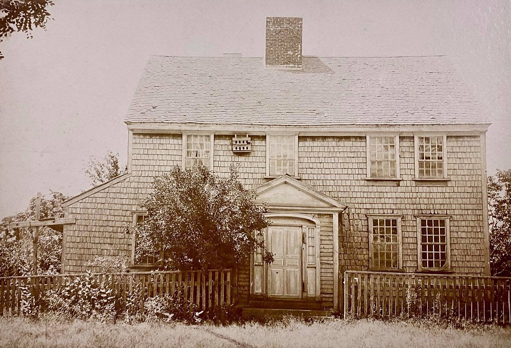 oldest house in mattapoisett owned by John Hammond