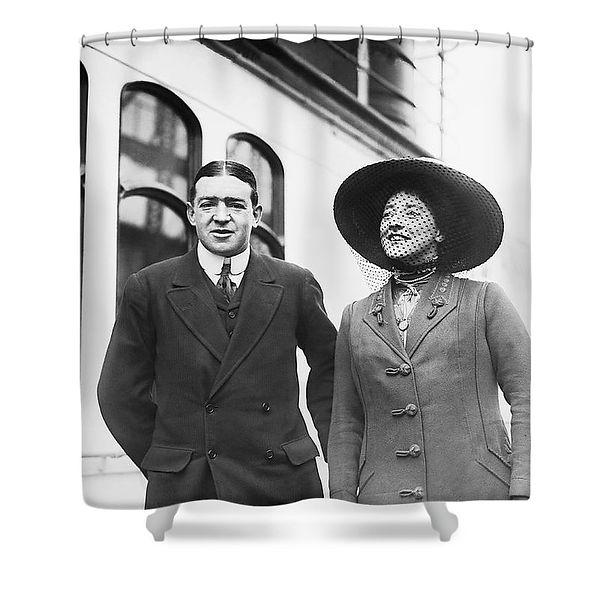 sir-ernest-shackleton-and-wife-underwood