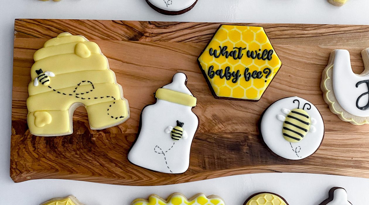 bee baby shower2.png