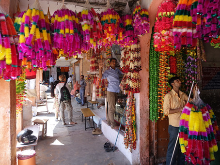 Bazaar Walk in Jaipur
