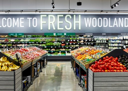 Amazon Fresh Opens First Grocery Store, Mixing Smart Tech with Traditional Offerings