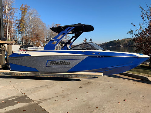 2018 Malibu 23 LSV w/Monsoon 410 includes Trailer