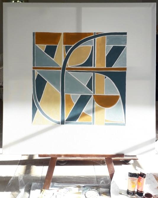 Closed Square Geometry