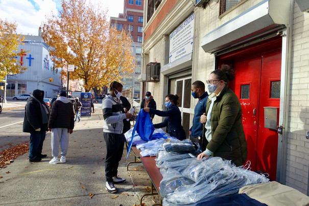 Fresh, Healthy Meals and Career Clothing for the Harlem Community
