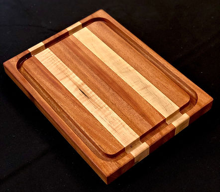 Solid Sapele with Curly Maple x-large Juice Groove Cutting Board