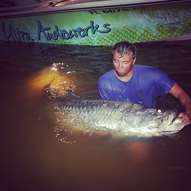Tarpon battle of a life time for our good buddy and beast of a fisherman _tylerwoolcott !!!! A team