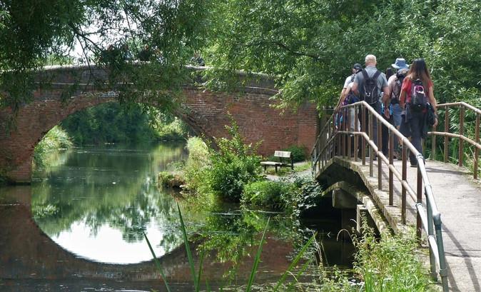 5 P1060064a packhorse bridge .jpg
