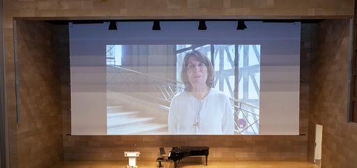 Claire Gibault intervenait par écran interposé. © Philippe Provoly