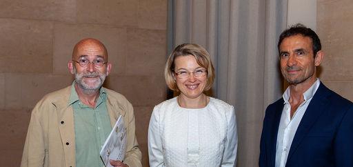 Thierry Juge (lauréat 2020 du Prix de l'Art du jardin), Natalia Logvinova Smalto et Thomas Kouros Vidal. © Philippe Provoly