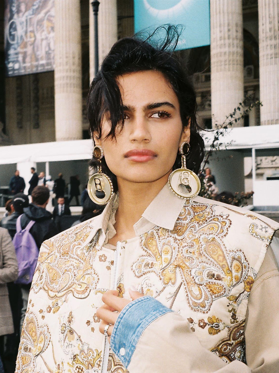 In fron of  Grand Palais after Chanel show, she hit the score with 'PASLEY' sleeveless jacket