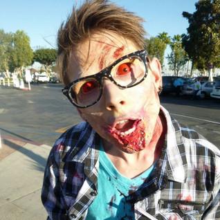 Zombie nerd 1.jpg