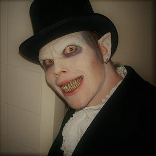 Vampire Young 2.jpg