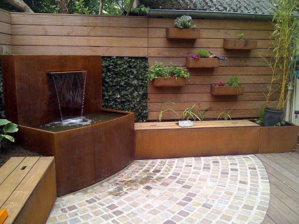 Fontaine acier corten