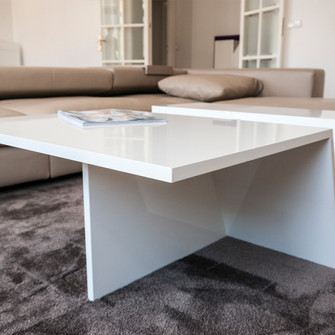 Журнальный стол из искусственного камня