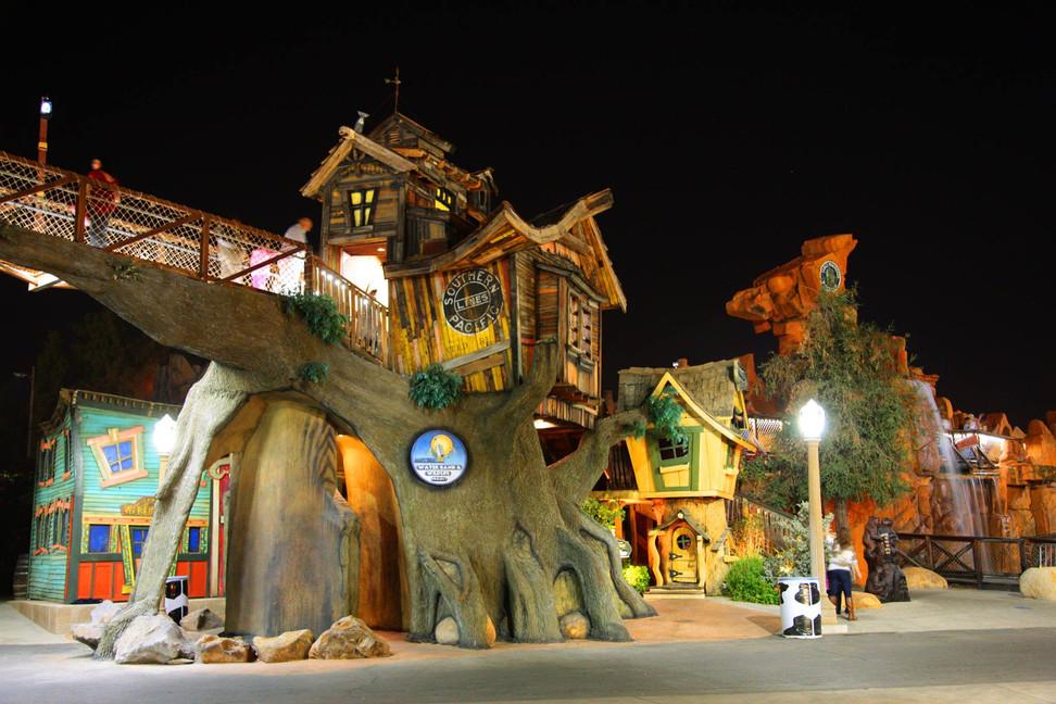 Treehouses.jpg