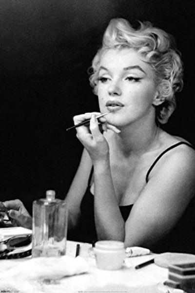 Marilyn blk.jpg