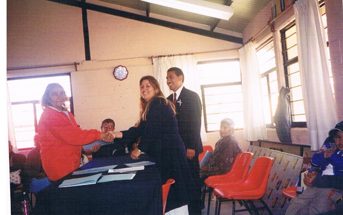 Entrega_de_constancias_de_alfabetización_y_educación_básica_4