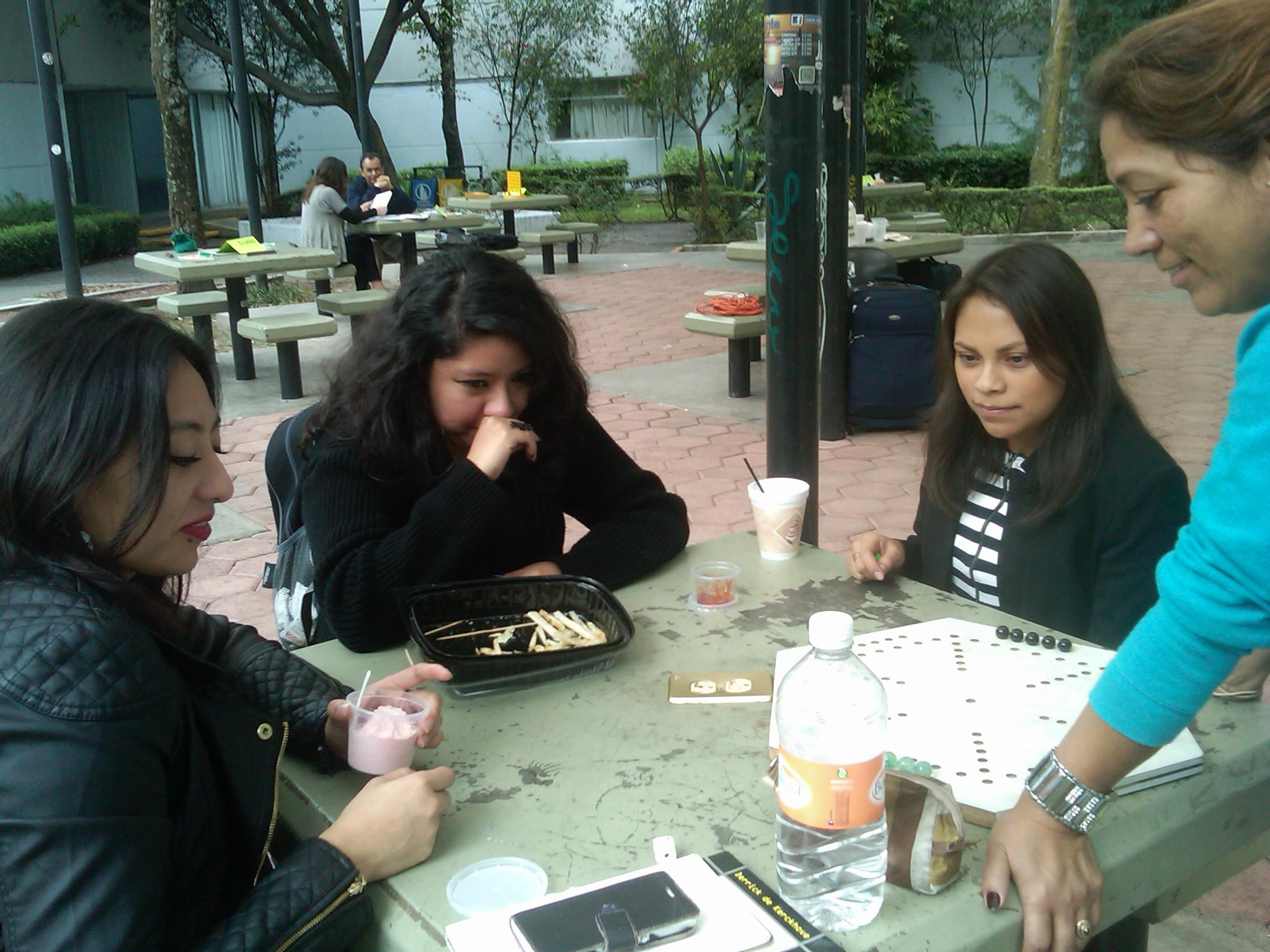Juegos_para_lograr_la_paz,_Facultad_de_Ciencias_Políticas_y_Sociales-UNAM_1
