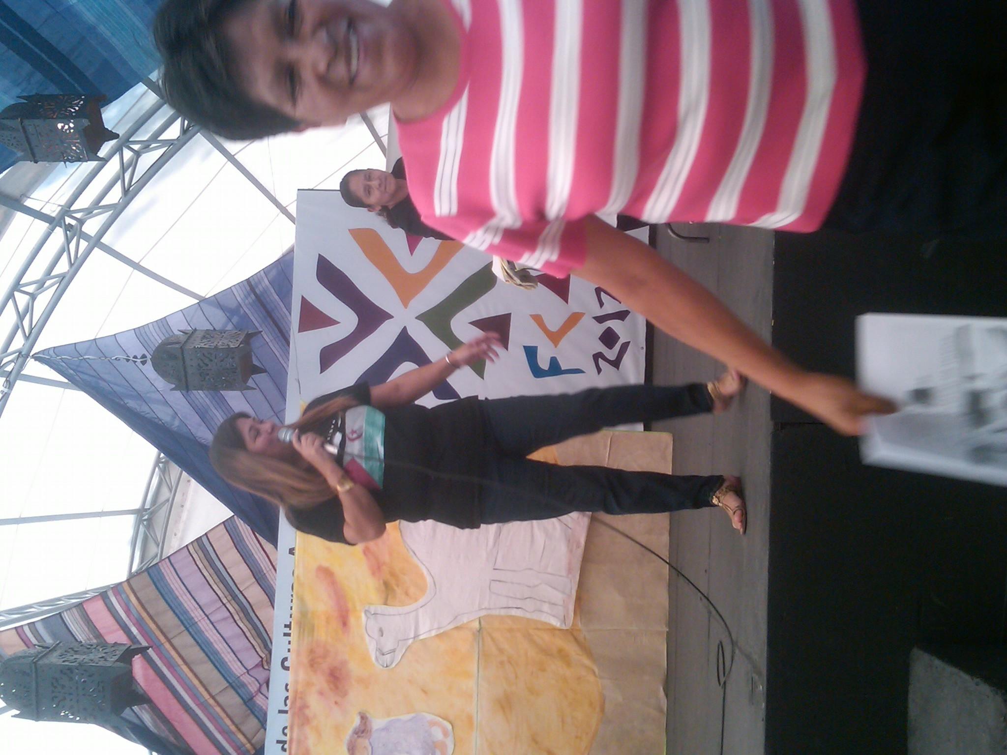 Educación_para_la_paz,_cuento_de_Irene_en_el_sáhara,_Feria_de_las_Culturas_Amigas_3