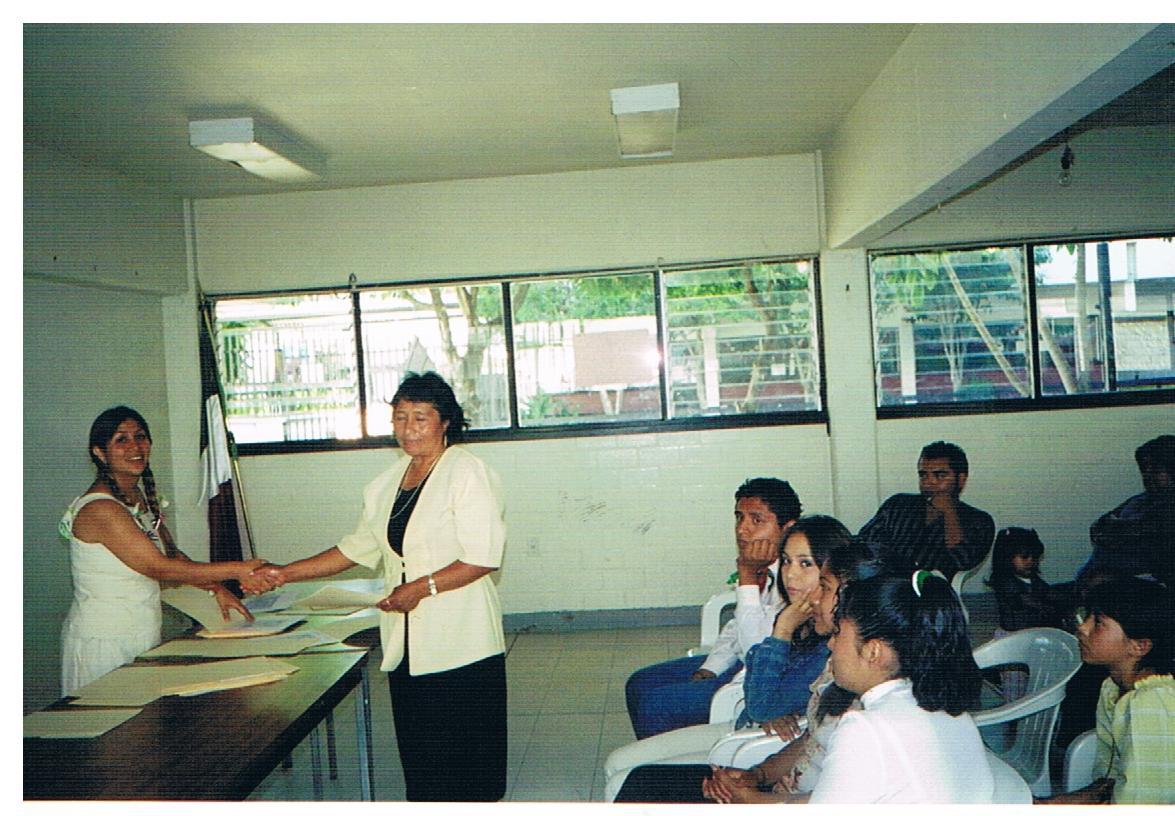 Certificación_de_alfabetización_y_educación_básica_-_mujeres_2
