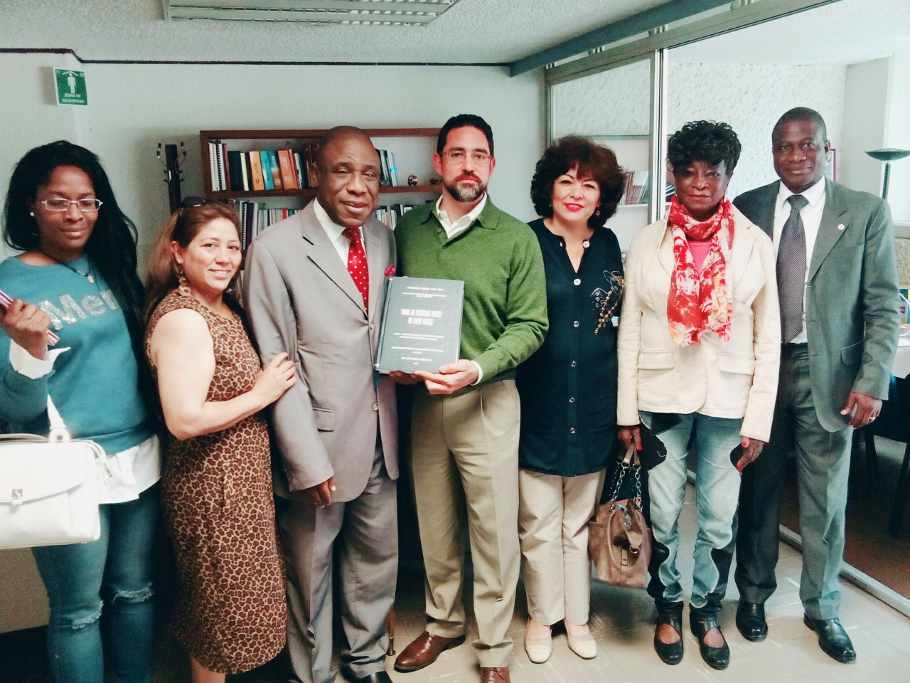 Visita de Embajador de Costa de Marfil a la FCPyS-UNAM