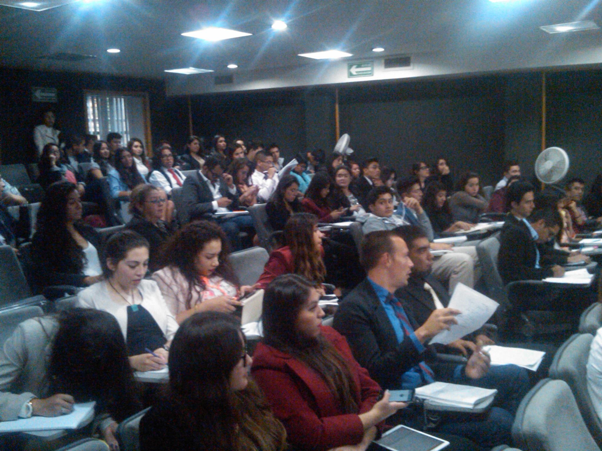 1er_foro_intercultural_de_paz,_Universidad_del_Valle_de_México_3