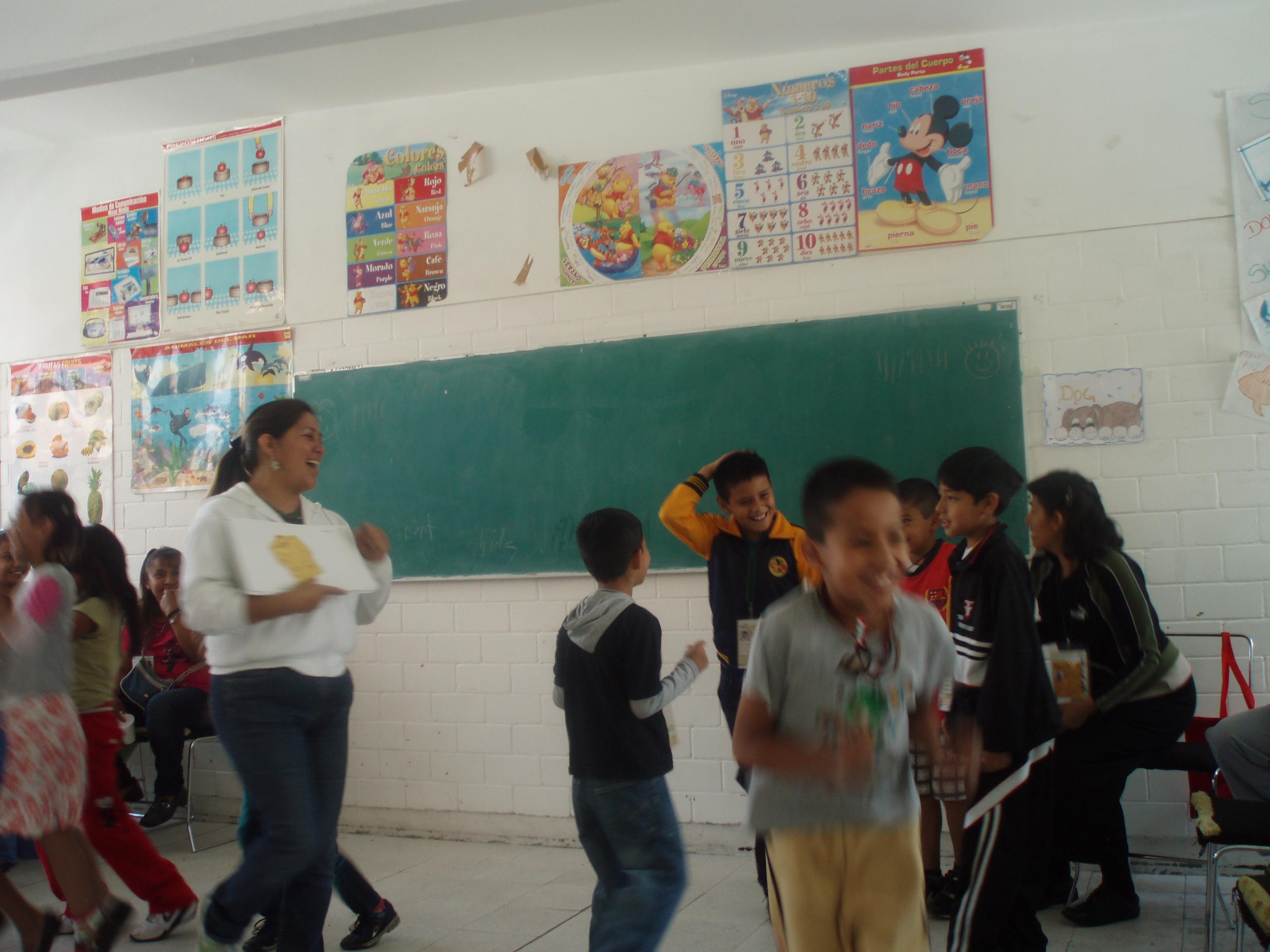 Salón_de_clases_de_educación_básica_4