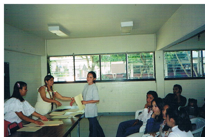 Certificación_de_alfabetización_y_educación_básica_-_mujeres_1