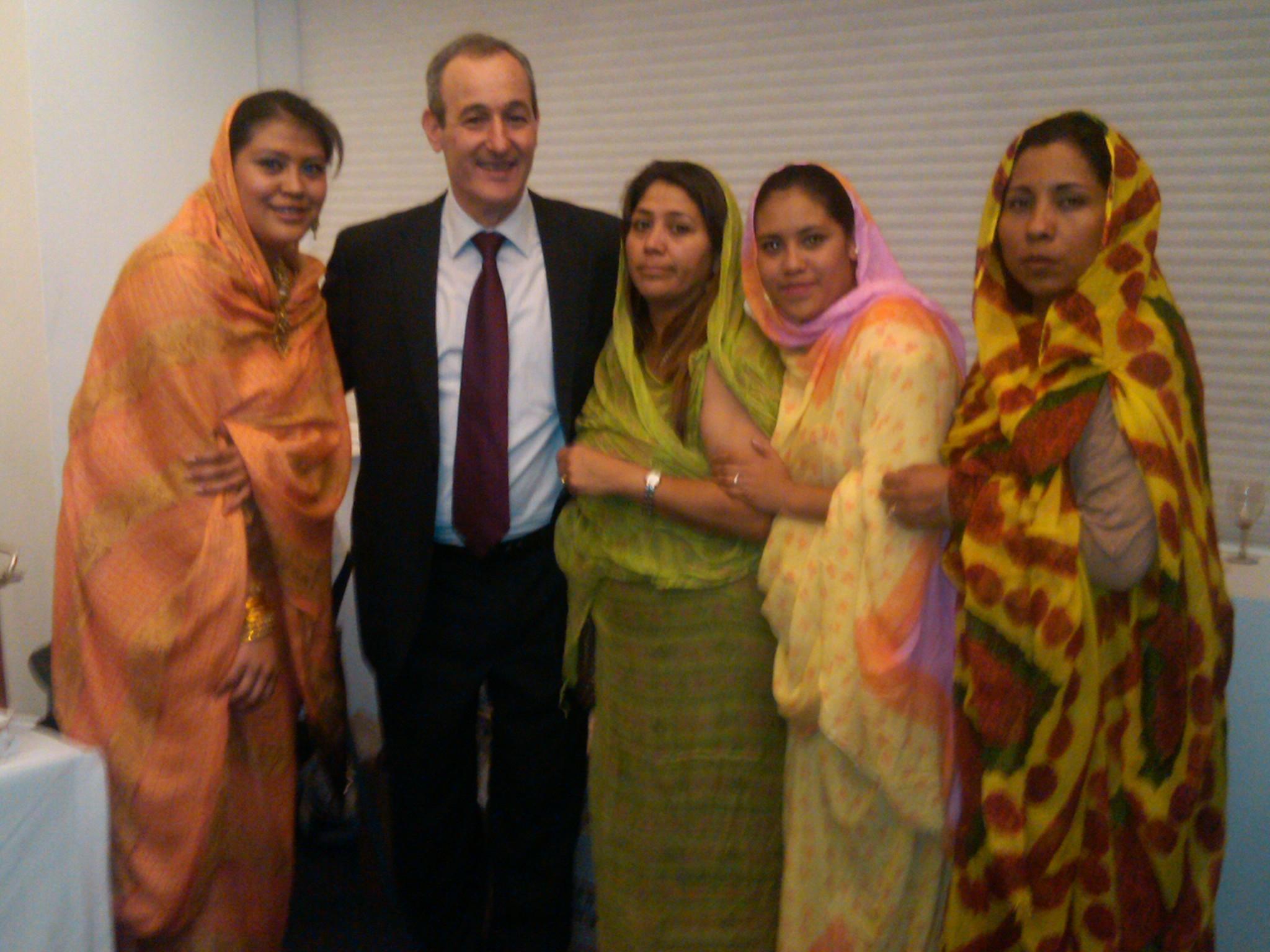 Educación_intercultural,_Semana_de_África,_con_embajador_de_Libia,_COLMEX