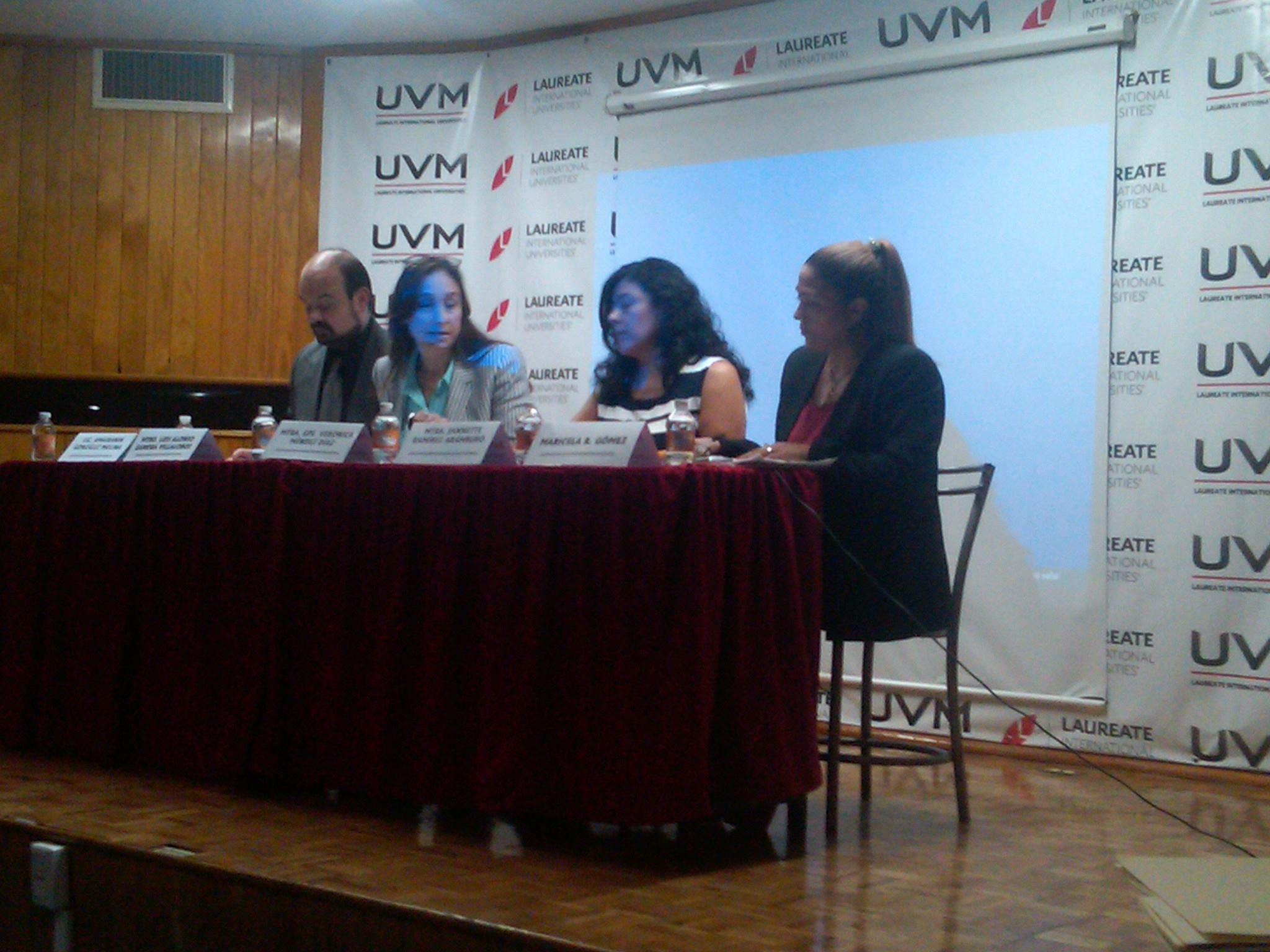 1er_foro_intercultural_de_paz,_Universidad_del_Valle_de_México_2