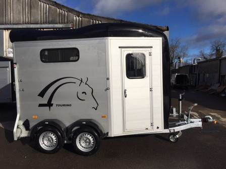 Touring-Country-Full-Height-Jockey-Door-