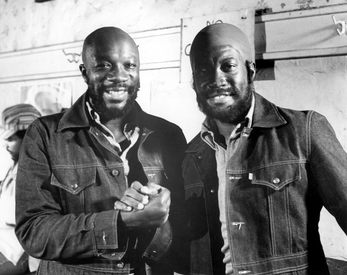 Isaac Hayes and stunt double