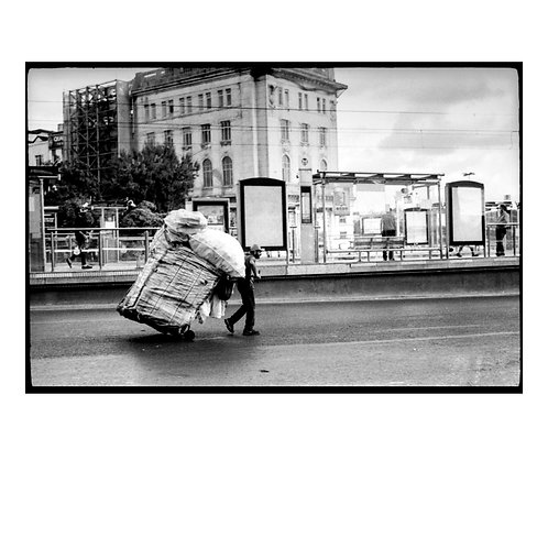 Labour in Istanbul ( Silver-Gelatin Print )