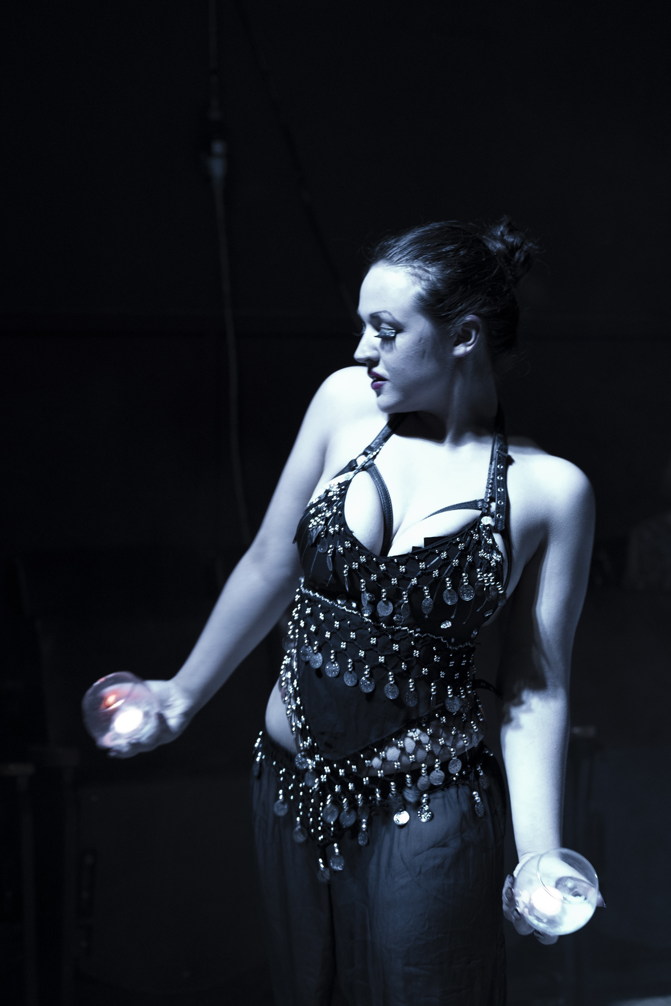 Undine performing at Apocalesque