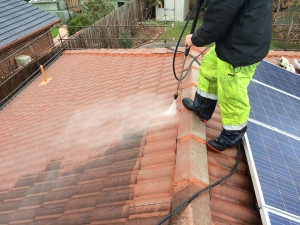 NSRS | Pressure Cleaning Tile Roof