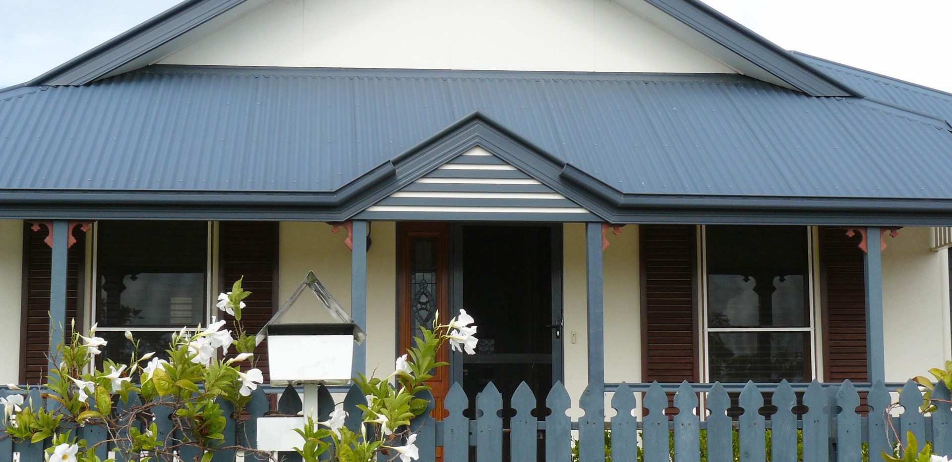 House With Porch centered.jpg