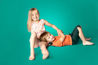PHOTO-FAMILLE-STUDIO-59-62.jpg