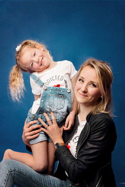 shooting-famille-studio-carvin62.jpeg