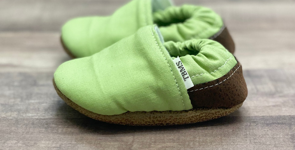 Kiwi with Brown Moccasins